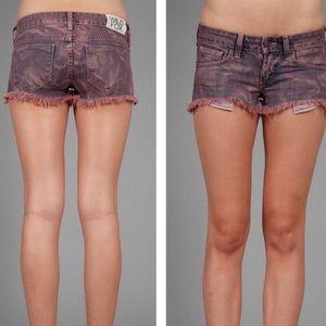 WILDFOX Friday Night Raw Hem Shorts Size 29